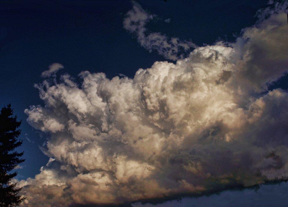 october evening clouds