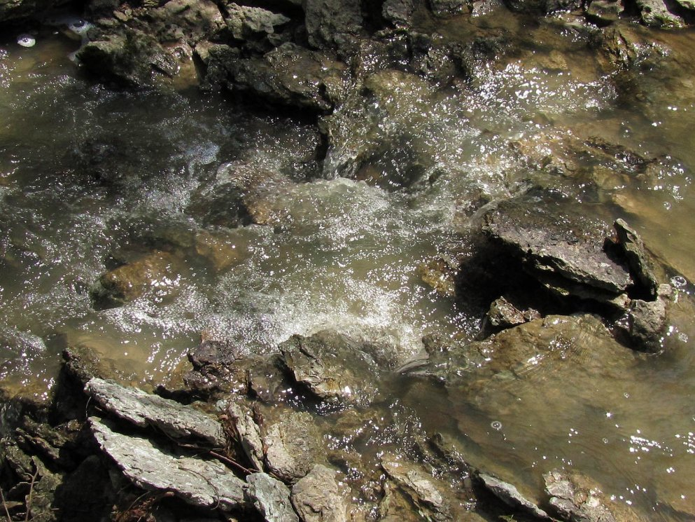 water-flowing-over-creek-rocks-southern-indiana